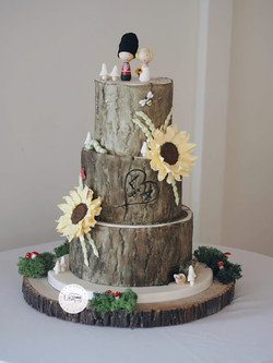 Log Effect with sunflowers