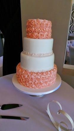 Wedding Cake Buttercream Rosettes