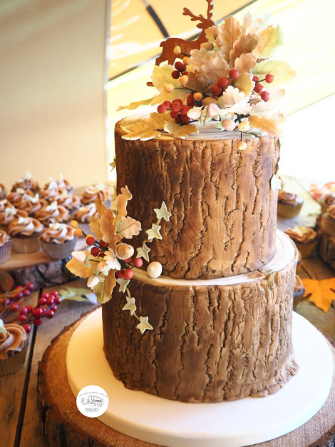 Autumn Log Effect Cake