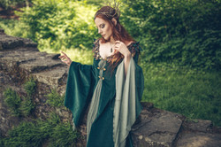 Sway Efey Elve, Elfe