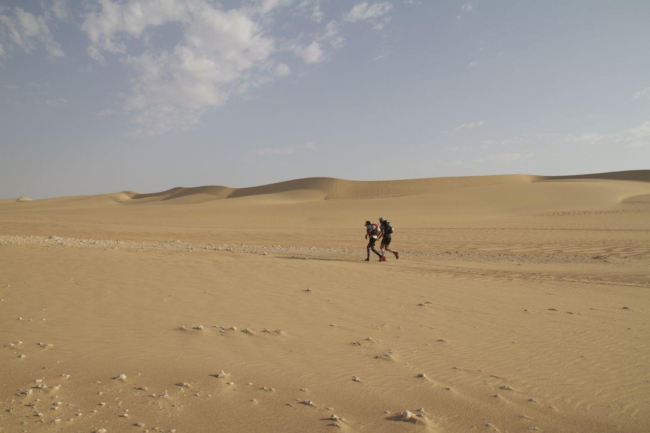 DESERT RUNNERS, 2013