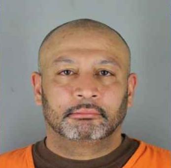 Sentenciado a 20 años de prisión por matar al exnovio de su novia