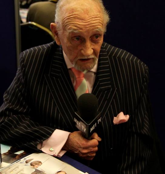 Roy Dotrice