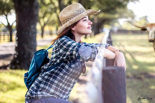 Portrait at Southfork Ranch, Dallas, Tx | Anett Elek