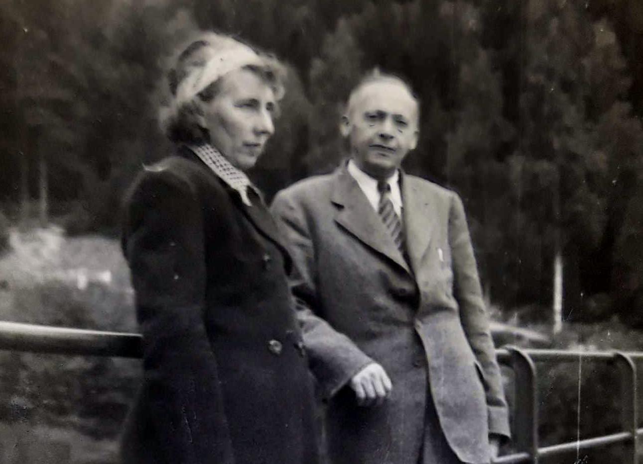 H i AW Wierzchowscy 1947.jpg