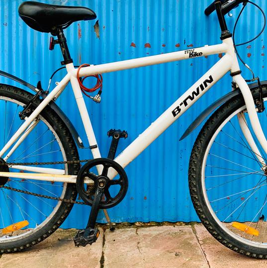 B-Twin Non Geared Unisex Cycle