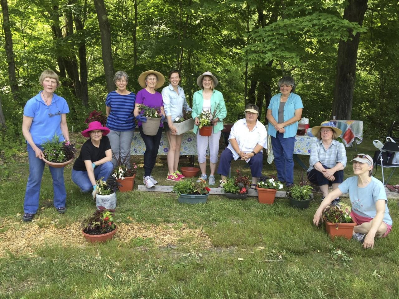 Garden Club 2016