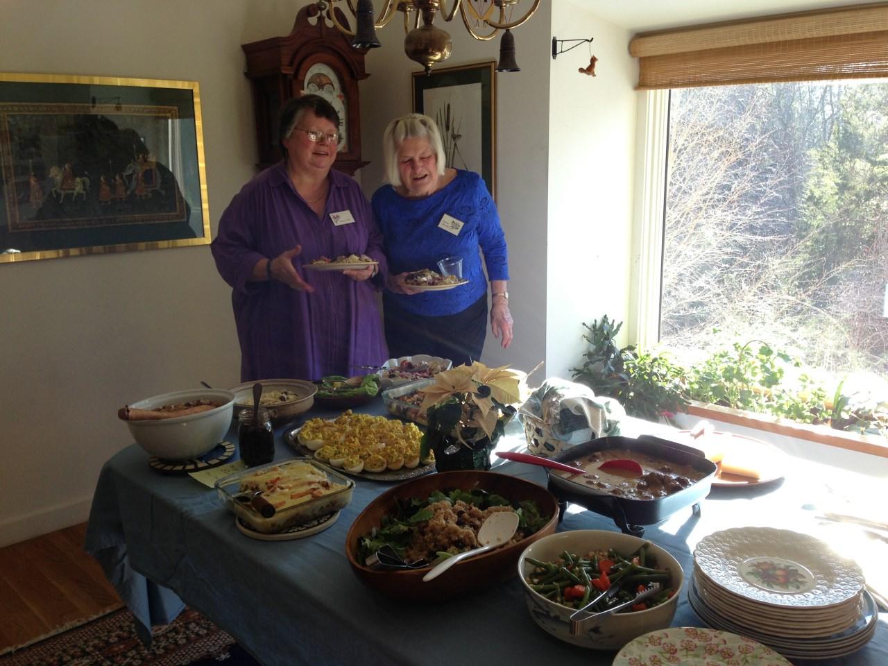 2014 luncheon (1280 x 960).jpg