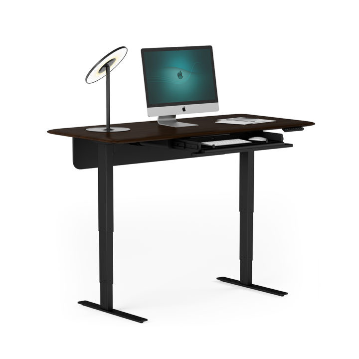 sola-lift-desk-6853-BDI-executive-standi