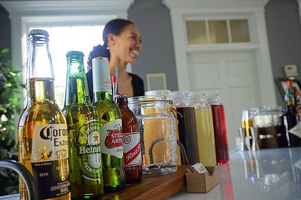 Beer & Wine Service - Bartending Service