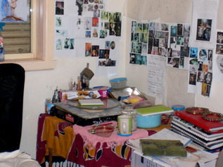 Is this the Tiniest art studio in Melbourne?