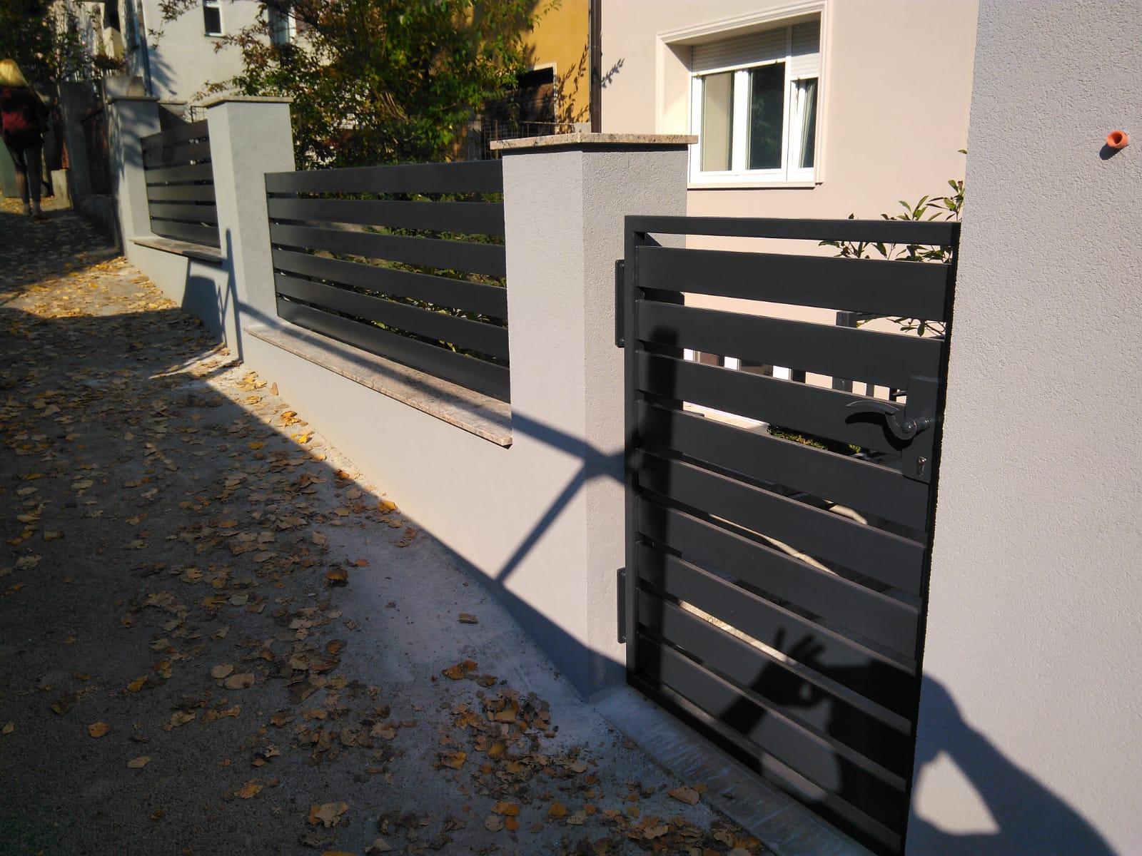 vanjska ograda i vrata_limene trake