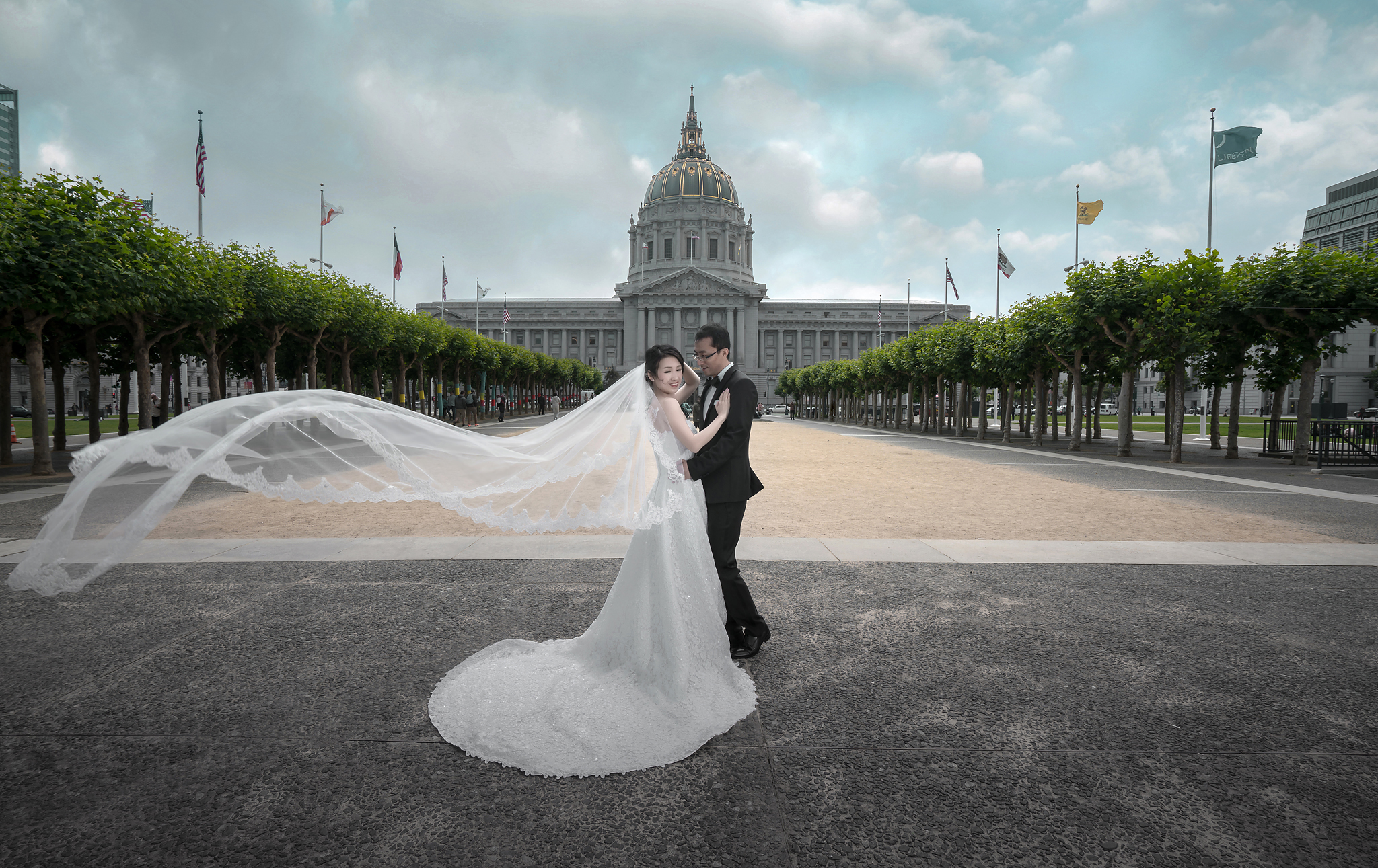 FEI AND WENHUI'S CITY HALL WEDDING