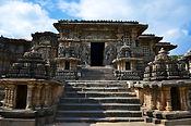 Hoysaleshwara temple Halebid 2.jpg