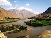 Beautiful_view_of_Panj_river,_of_the_bor
