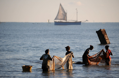 Enjoy the laidback lifestyle of Morondava - a mecca for seafood, watersports and a vibrant marketplace
