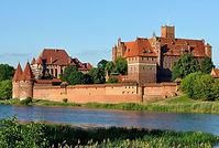 Panorama_of_Malbork_Castle,_part_4.jpg