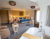 Crocus Gere Wine Hotel.jpg