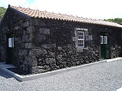 Pocinho_Bay.one_of_the_stone_cottages.Pi