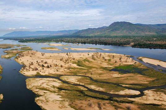 Stunning landscapes of escarpments, bush and river channels