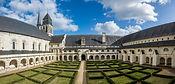 Saumur Fontevraud Abbey 3.jpg