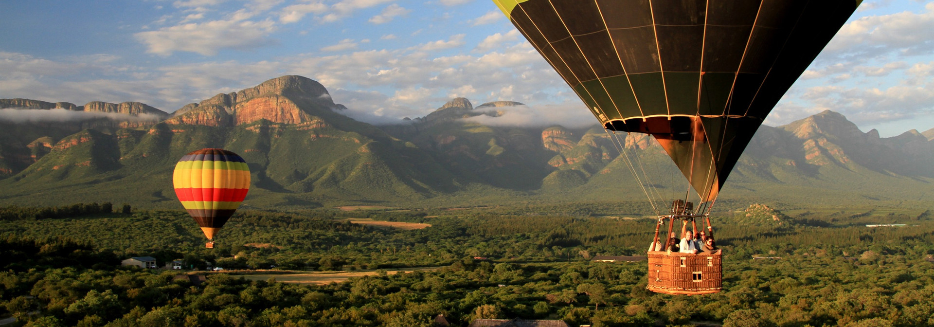 Hotair balloon safari