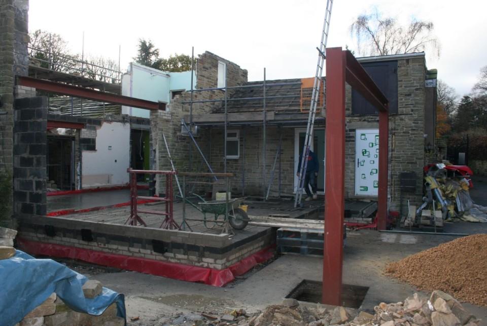 steel-frame-erected-02-960x642