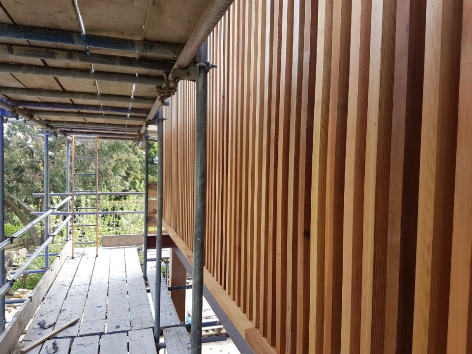 vertical-slatted-timber-cladding-960x721