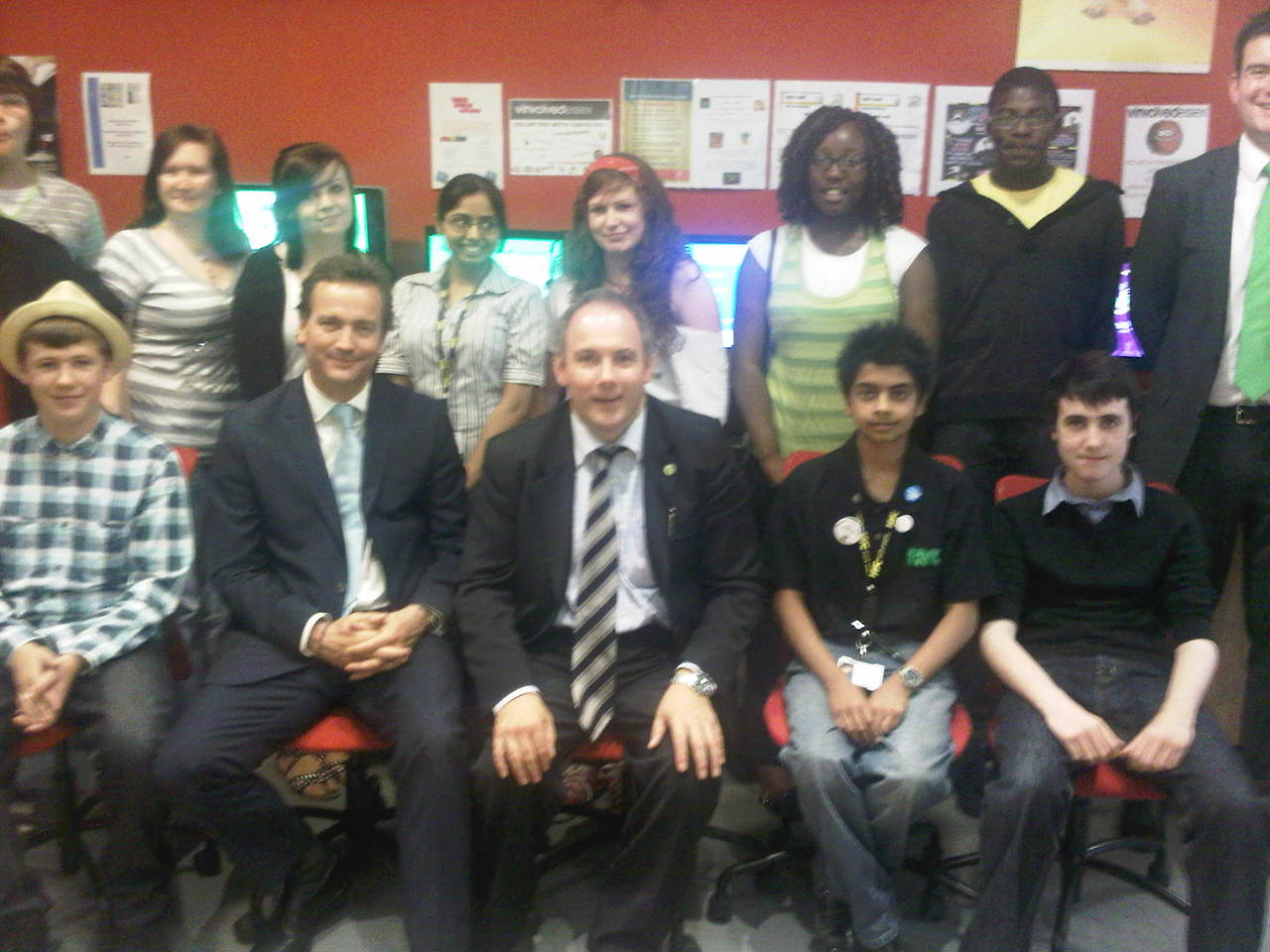 me+with+robert+halforn+mp+and+nick+hurd+mp+in+cafe+youth+for+big+society+launch+