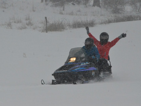Looking for Lodging While You Snowmobile in Southern New Hampshire?