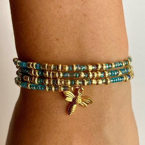 Gold Plated Bee Claspless Beaded Bracelet