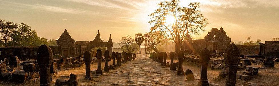 Travelbay_Laos_Tours_-_Vat_Phou_Champasa