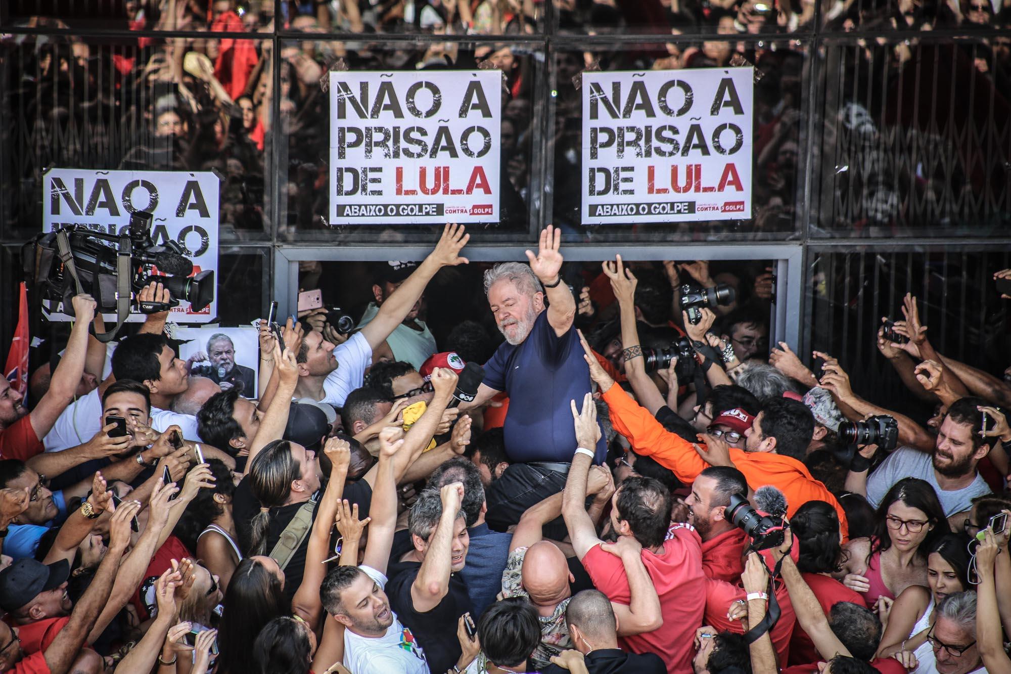 Prisão de Lula