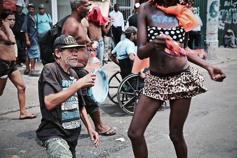 """""""Blocolândia"""" - Bloco dos usuários de drogas da Craacolândia  São Paulo - Carnaval de 2018"""