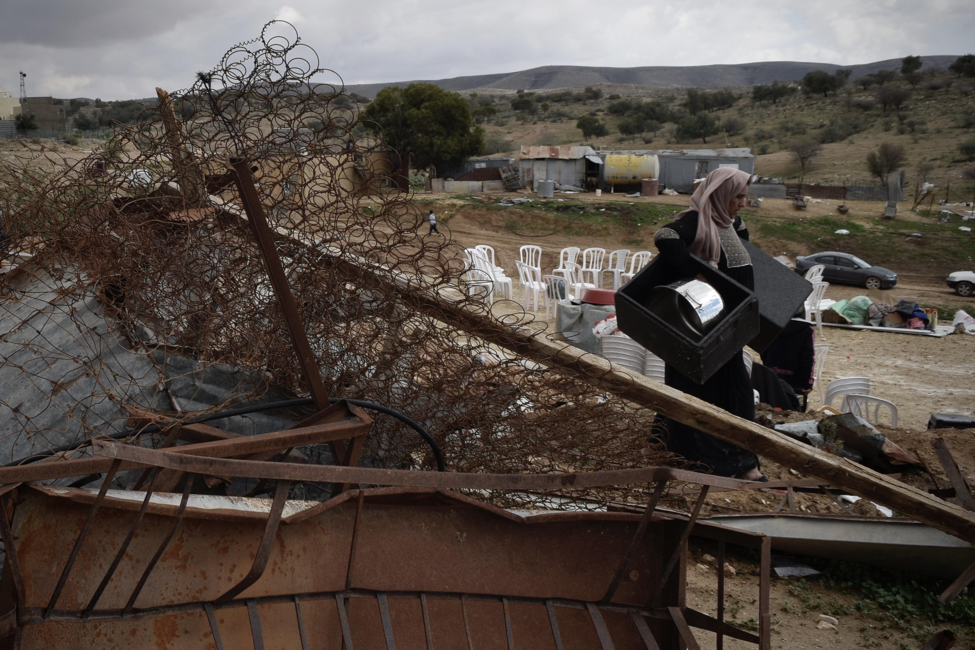 Comunidade Beduína destruída