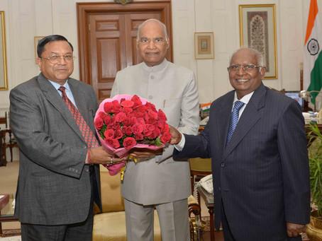 Dr. Adish Aggarwala and Justice (Retd) Dr. K.G. Balakrishnan, With President of India.