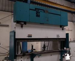 HEAVY CNC PRESS BREAK