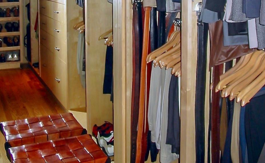 Closet01_02b.jpg