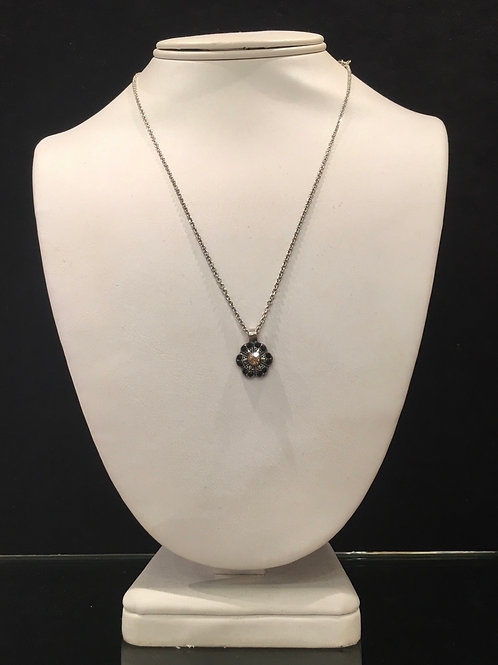 Collier fleur cristaux noir-champagne  Mariana