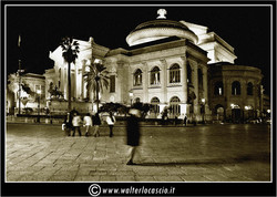 palermo-teatro-massimo-piazza-g-verdi_3553923851_o.jpg