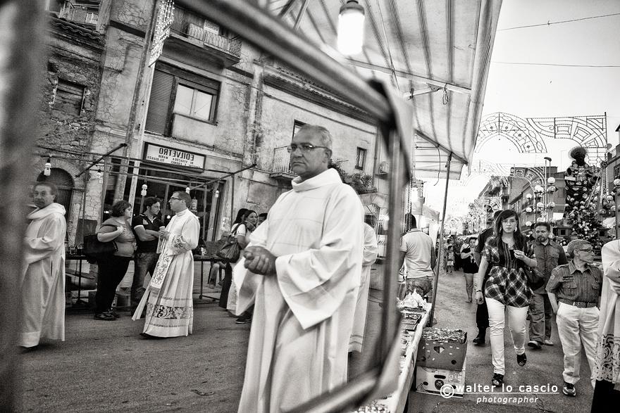 w-diu-e-san-calola-processione-e-i-cittadini-di-naro-anno-2013_9107198153_o.jpg