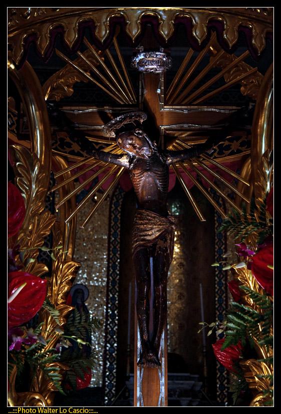 venerd-santo-a-caltanissetta-il-cristo-nero-ed-2009_3446381484_o.jpg