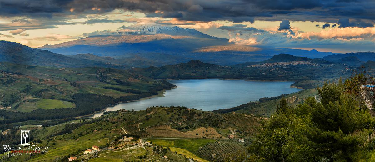 panorama-delletna-e-lago-pozzillo-da-agira_14084623636_o.jpg