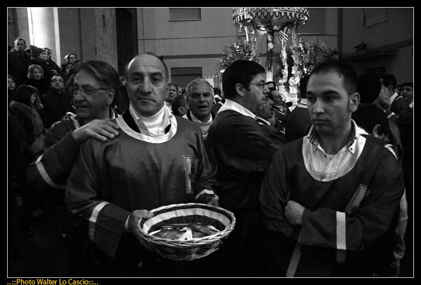 venerd-santo-a-caltanissetta-il-cristo-nero-ed-2009_3445574165_o.jpg