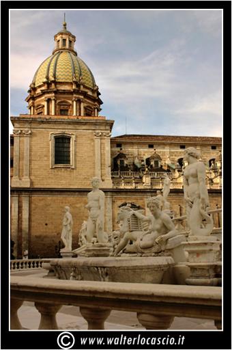palermo-piazza-pretoria-piazza-della-vergogna_3554716280_o.jpg