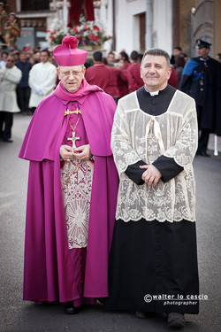 venerd-santo-a-san-cataldo-il-mattutino-san-cataldese-anno-2013_8690436392_o.jpg