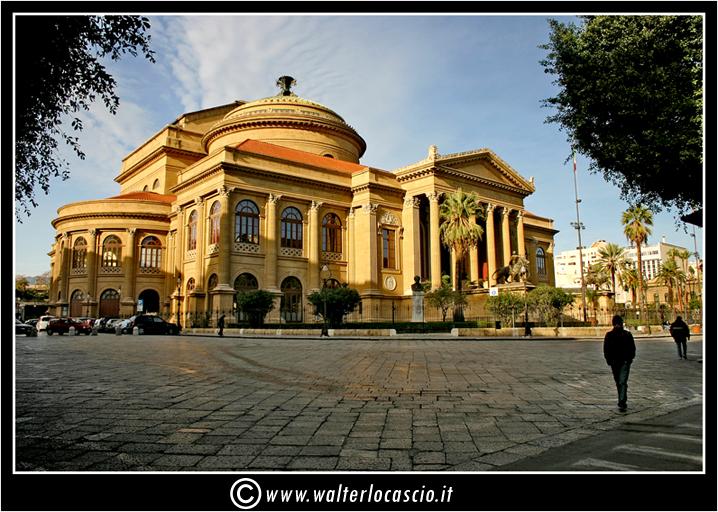 palermo-teatro-massimo-piazza-g-verdi_3553919065_o.jpg