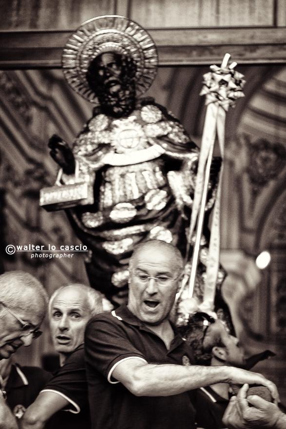 w-diu-e-san-calola-processione-e-i-cittadini-di-naro-anno-2013_9109413162_o.jpg