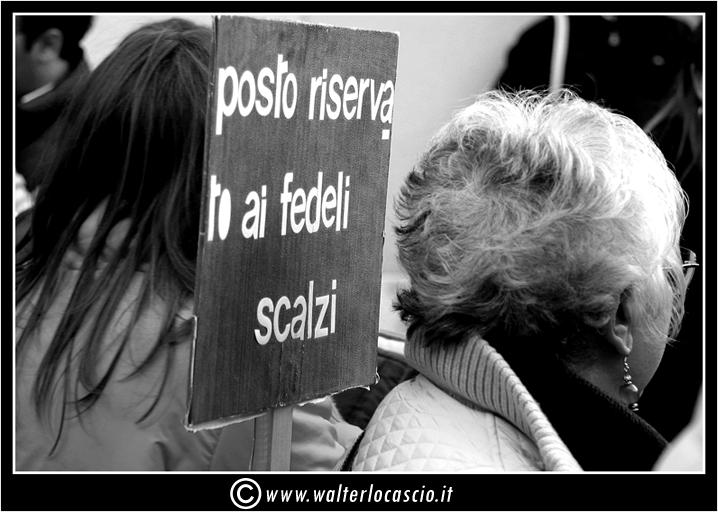 il-venerd-santo-a-caltanissetta-il-cristo-nero_3403327023_o.jpg
