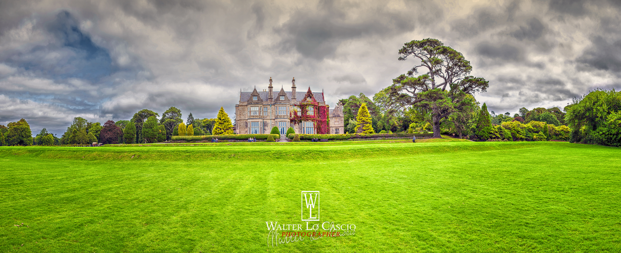 ireland-2015-killarney-muckross-house_21428383192_o.jpg